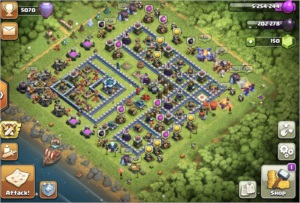 Clash of clans COC Th13 almost full, AQ, BK and GW max